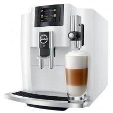Elegantní plněautomatický  kávovar Švýcarské značky JURA